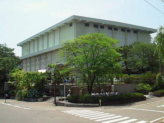 秋田県民会館.jpg